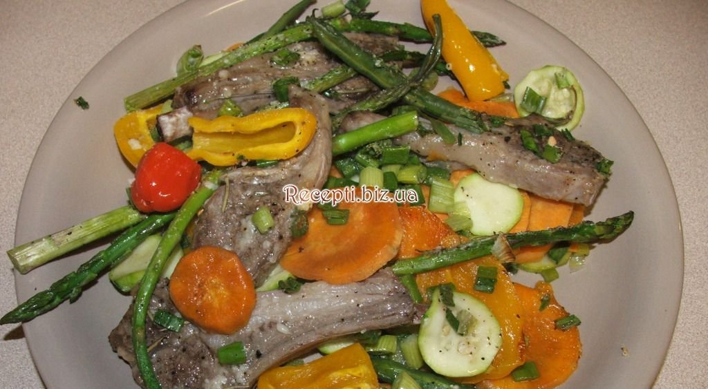 Рёбрышки бараньи с овощами